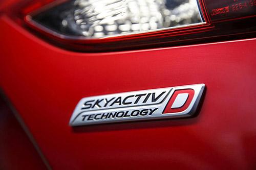 2014-Mazda3-XD-Astina-SkyActiv-D-badge