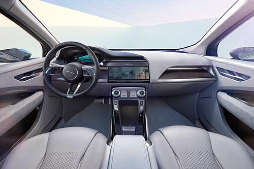 Jaguar-I-Pace-Concept-cabin-03