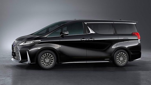 Lexus LM Side